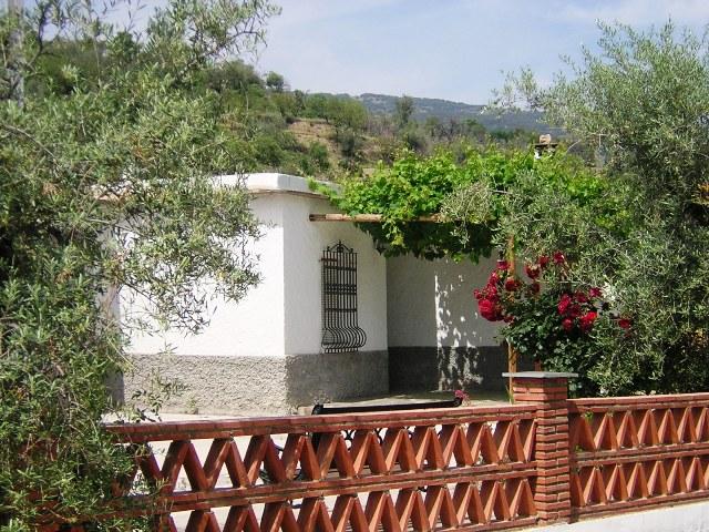 Casa rural con jacuzzi 6 plazas alpujarra granada balc n de v lor casas rurales - Casas cueva granada jacuzzi ...