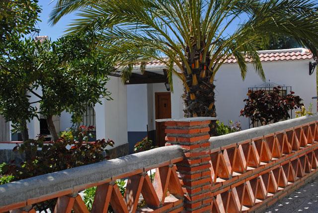 Casa rural en la alpujarra con cabina hidromasaje balc n for Casa rural casa jardin