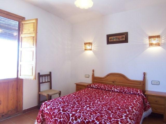 Dormitorio de matrimonio de la Casa Rural Nº2