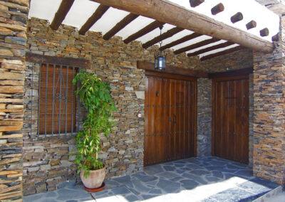 Casas Nº8 y Nº9. Porche de entrada
